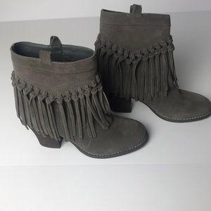 Sbicca Block Heel Fringe Suede Ankle Boots Size 6